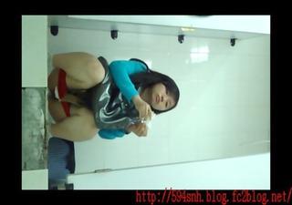 chinese public latrine voyeur7-92-5